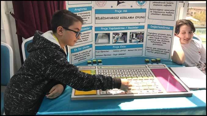 Bilgisayarsız Kodlama Oyunu Tübitak 4006 Bilim Fuarı Projesi